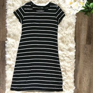 Black and White maternity dress